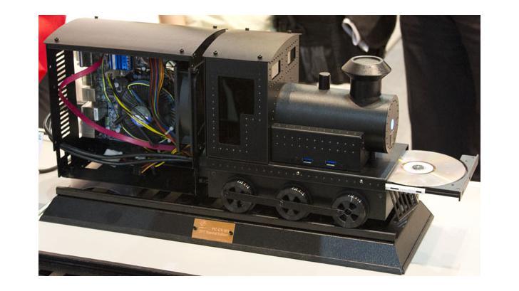 มาดูเคสคอมพิวเตอร์เจ๋งๆ กันดีกว่า