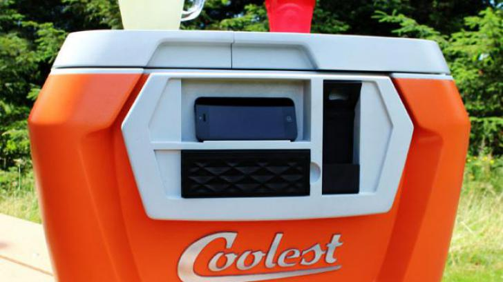 COOLEST COOLER กระติกน้ำแข็งสุด Cool ที่โกยเงินแซงแชมป์เก่า Pebble Smartwatch