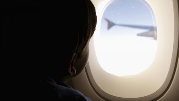 สงสัยไหม ทำไมหน้าต่างเครื่องบินถึงต้องเป็นวงกลม