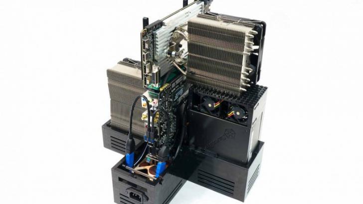 คนหัวใสสร้างเคสคอมพิวเตอร์จากตัวต่อเลโก้