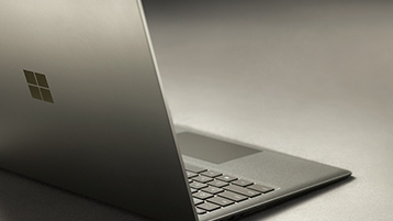 Microsoft เปิดตัว Surface Laptop โน๊ตบุ๊ครุ่นใหม่ เจาะกลุ่มนักศึกษาและคนทำงาน