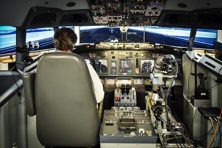 อีกหน่อยนักบินอาจตกงาน เพราะหุ่นยนต์ก็ขับเครื่องบินได้แล้ว...
