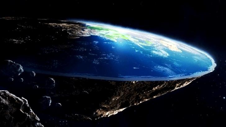 มาใหม่ ทฤษฎีสมคบคิดเรื่อง โลกกลวง ที่ทำให้ความเชื่อเรื่อง โลกแบน กลายเป็นเรื่องขำๆ ไปเลย