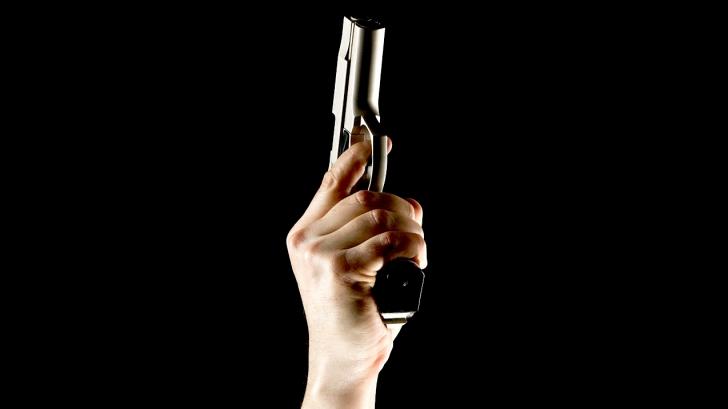 การยิงปืนขึ้นฟ้า ทำให้คนตายได้จริงหรือไม่ เรามาหาคำตอบอย่างเป็นวิทยาศาสตร์กันนะ