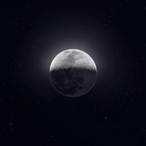 พระจันทร์ไม่ได้มีสีเดียวกันทั้งใบ! ช่างภาพถ่ายดวงจันทร์กว่า 150,000 รูป เพื่อหาสีที่แท้จริง