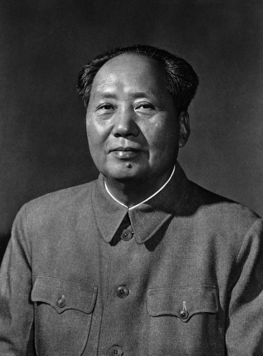 ในระหว่างที่รอลุ้นว่าใครจะเป็นนายก มาดูว่า 10 สุดยอดผู้นำในประวัติศาสตร์โลกมีใครบ้าง