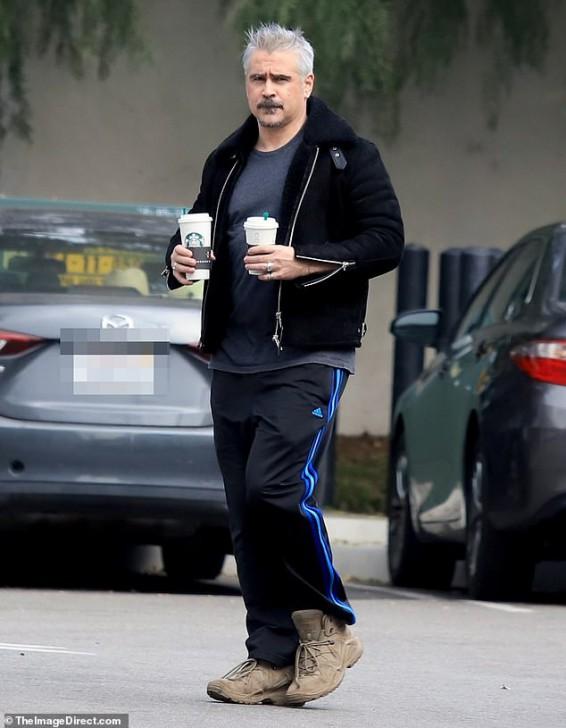 "Colin Farrell ได้ออกมาพูดถึงภาพหลุดผมสีขาวว่ามันเป็น ""ความผิดพลาด"""